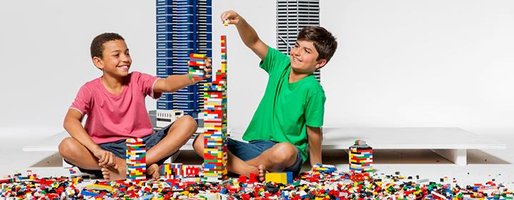 Brick Kids 2 0 Led Lego Play Workshop Museum Of Tropical Queensland 70 102 Flinders Street